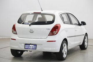 2012 Hyundai i20 PB MY12 Active Coral White 5 Speed Manual Hatchback