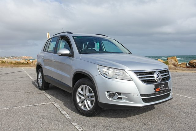 Used Volkswagen Tiguan 5N MY10 103TDI 4MOTION Lonsdale, 2010 Volkswagen Tiguan 5N MY10 103TDI 4MOTION Silver 6 Speed Sports Automatic Wagon