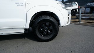 2005 Toyota Hilux GGN25R MY05 SR White 5 Speed Automatic Utility.