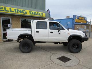 2003 Toyota Hilux 140 - White 5 Speed Manual Utility