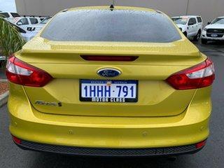 2011 Ford Focus LW Sport PwrShift Yellow 6 Speed Sports Automatic Dual Clutch Sedan.