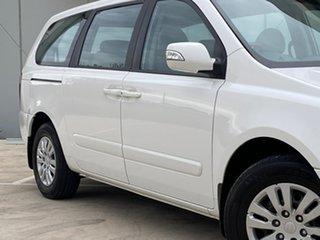 2011 Kia Carnival VQ MY11 S White 4 Speed Sports Automatic Wagon