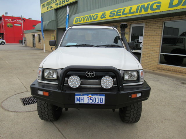 Used Toyota Hilux 140 Mandurah, 2003 Toyota Hilux 140 - White 5 Speed Manual Utility
