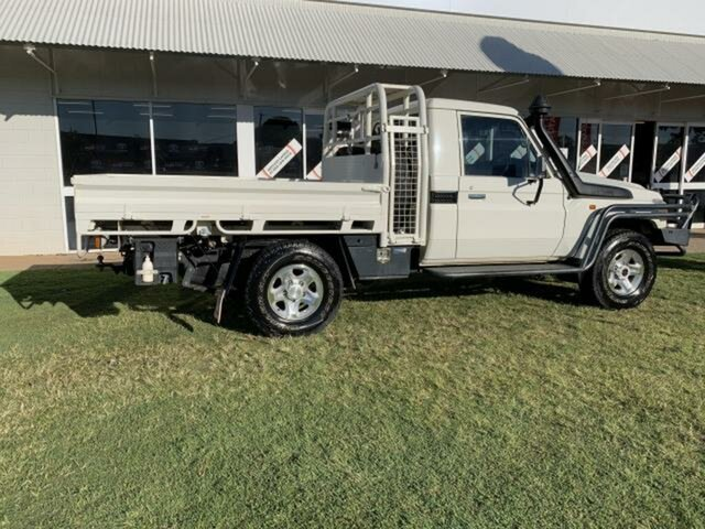 Pre-Owned Toyota Landcruiser VDJ79R GX (4x4) Emerald, 2019 Toyota Landcruiser VDJ79R GX (4x4) White 5 Speed Manual Cab Chassis