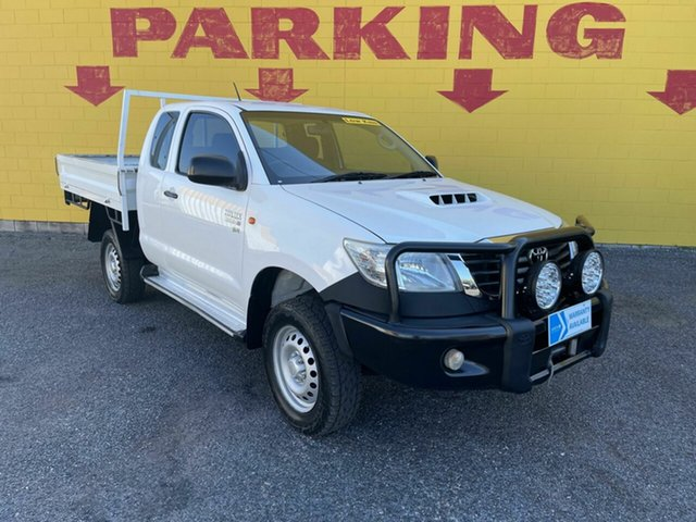 Used Toyota Hilux KUN26R MY14 SR Xtra Cab Winnellie, 2014 Toyota Hilux KUN26R MY14 SR Xtra Cab White 5 Speed Manual Utility