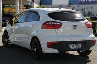 2015 Kia Rio UB MY15 S Clear White 4 Speed Sports Automatic Hatchback.