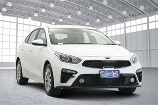 2020 Kia Cerato BD MY21 S Clear White 6 Speed Sports Automatic Hatchback.