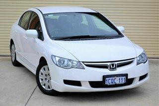 2007 Honda Civic 8th Gen MY07 VTi White 5 Speed Automatic Sedan.