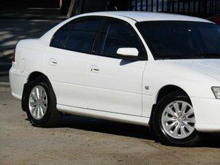 2006 Holden Commodore VZ MY06 Acclaim Alaska White 4 Speed Automatic Sedan.