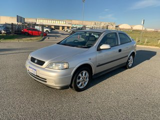 2004 Holden Astra TS SXI Silver 5 Speed Manual Hatchback.