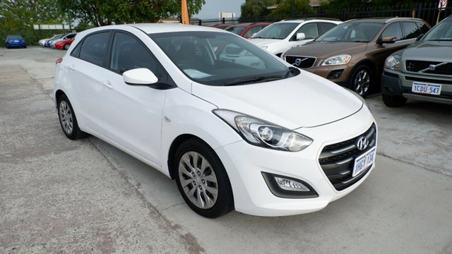 Used Hyundai i30 GD3 Series II MY16 Active St James, 2015 Hyundai i30 GD3 Series II MY16 Active White 6 Speed Sports Automatic Hatchback