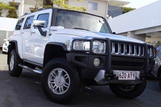 2009 Hummer H3 White 5 Speed Manual Wagon.