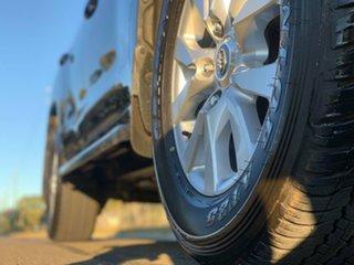 2017 Toyota Landcruiser VDJ200R MY16 VX (4x4) Onyx Blue 6 Speed Automatic Wagon.