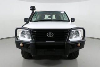 2014 Toyota Landcruiser VDJ200R MY13 GX (4x4) White 6 Speed Automatic Wagon.