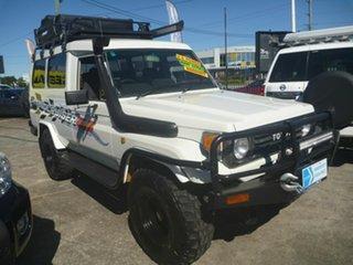 1992 Toyota Landcruiser HZJ75RV Troopcarrier White 5 Speed Manual Hardtop.