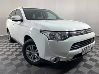 2013 Mitsubishi Outlander ZJ MY14 LS 4WD White 6 Speed Constant Variable Wagon.