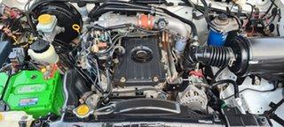 2005 Nissan Navara D22 S2 ST-R White 5 Speed Manual Utility.