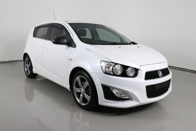 Used Holden Barina TM MY14 RS Bentley, 2013 Holden Barina TM MY14 RS White 6 Speed Manual Hatchback