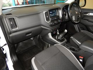 2016 Holden Colorado RG MY17 LS (4x2) White 6 Speed Manual Cab Chassis.