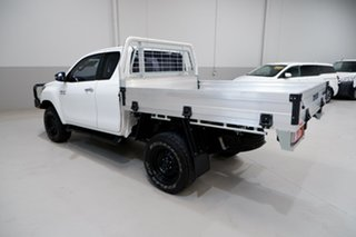2017 Toyota Hilux GUN126R SR Extra Cab White 6 Speed Manual Cab Chassis