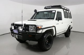 2010 Toyota Landcruiser VDJ78R 09 Upgrade Workmate (4x4) 11 Seat White 5 Speed Manual TroopCarrier.