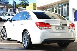 2014 Holden Cruze JH Series II MY14 SRi Z Series White 6 Speed Sports Automatic Sedan.
