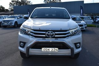 2016 Toyota Hilux GGN125R SR5 Double Cab White 6 Speed Sports Automatic Utility