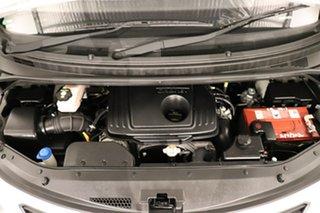 2016 Hyundai iLOAD TQ3-V Series II MY16 Crew Cab White 5 speed Automatic Van