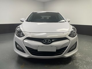 2014 Hyundai i30 GD2 SR Cream 6 Speed Sports Automatic Hatchback.