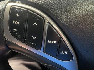 2014 Hyundai i30 GD2 SR Cream 6 Speed Sports Automatic Hatchback