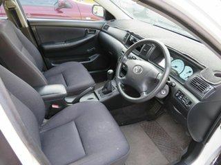 2002 Toyota Corolla White 5 Speed Manual Hatchback