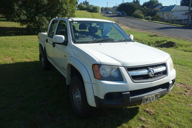 Used Holden Colorado RC MY11 LX Crew Cab 4x2 East Maitland, 2011 Holden Colorado RC MY11 LX Crew Cab 4x2 White 4 Speed Automatic Utility