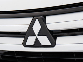 2015 Mitsubishi Outlander ZK MY16 LS (4x4) White Continuous Variable Wagon