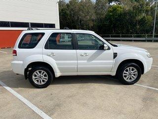 2010 Ford Escape ZD White 4 Speed Automatic Wagon.