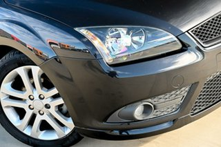 2007 Ford Focus LT Zetec Black 4 Speed Sports Automatic Hatchback.