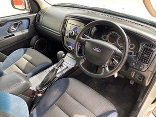 2010 Ford Escape ZD White 4 Speed Automatic Wagon