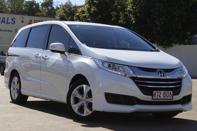 Used Honda Odyssey RC MY15 VTi Bundamba, 2015 Honda Odyssey RC MY15 VTi White 7 Speed Constant Variable Wagon