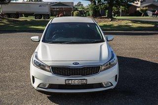 2017 Kia Cerato YD MY18 Sport White 6 Speed Sports Automatic Hatchback.