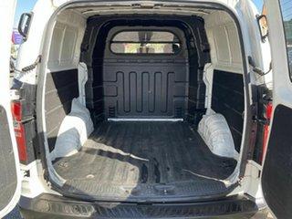 2010 Hyundai iLOAD TQ Crew White 5 Speed Automatic Van