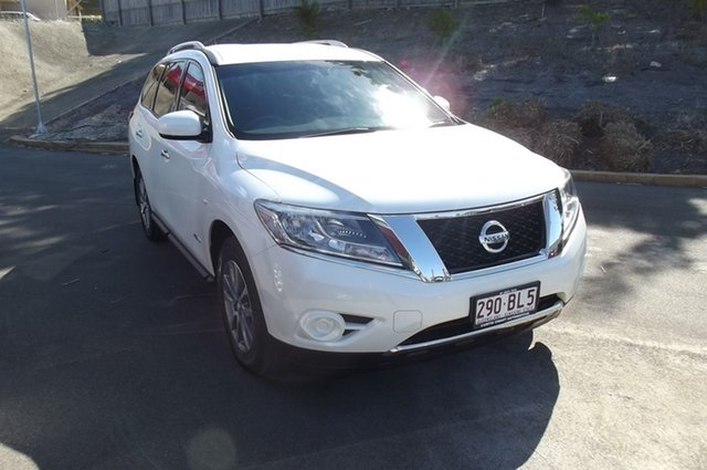 Used Nissan Pathfinder R52 MY15 ST X-tronic 2WD South Gladstone, 2015 Nissan Pathfinder R52 MY15 ST X-tronic 2WD White 1 Speed Constant Variable Wagon Hybrid