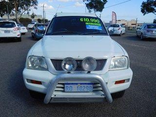 2005 Mitsubishi Triton MK MY05.5 GLX-R Double Cab White 5 Speed Manual Utility.