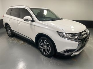 2017 Mitsubishi Outlander ZL MY18.5 LS 2WD White 6 Speed Constant Variable Wagon.