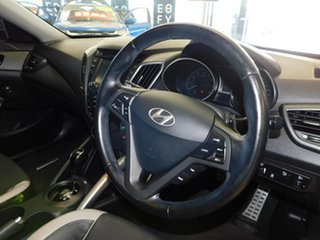 2015 Hyundai Veloster FS4 Series II SR Coupe D-CT Turbo + Red 7 Speed Sports Automatic Dual Clutch