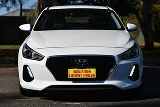 2017 Hyundai i30 PD MY18 Active D-CT White 7 Speed Sports Automatic Dual Clutch Hatchback.