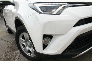 RAV 4 GX-2WD 2.0L Petrol Auto CVT 5 Door Wagon.