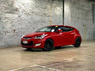 2015 Hyundai Veloster FS4 Series II + Coupe D-CT Red 6 Speed Sports Automatic Dual Clutch Hatchback.