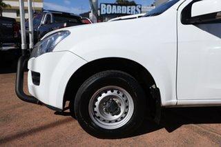 2015 Isuzu D-MAX TF MY15 SX (4x2) White 5 Speed Manual Cab Chassis.
