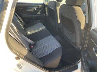 2010 Hyundai Elantra HD SX White 4 Speed Automatic Sedan