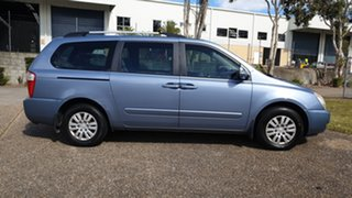 2010 Kia Grand Carnival VQ MY11 SI Blue 6 Speed Automatic Wagon.