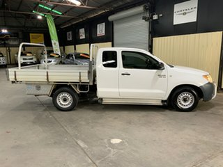 2005 Toyota Hilux GGN15R SR White 5 Speed Automatic X Cab Pickup.